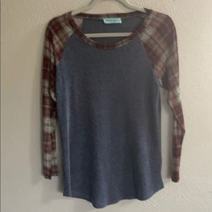 Navy Heathered Ling Sleeve Top with Plaid Sleeves